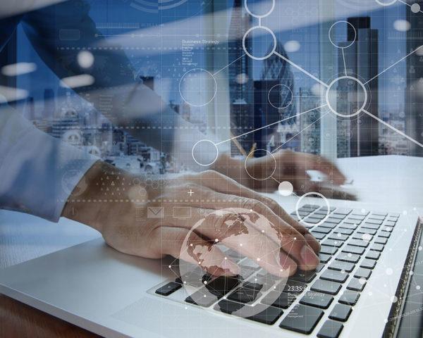 Con el curso de informática online aprenderás a usar herramientas informáticas y ofimáticas.